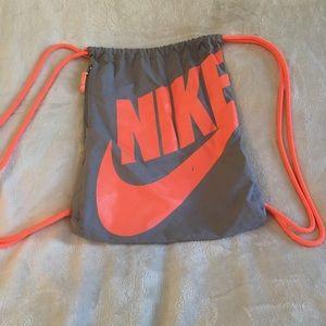 Nike string bag. Color gray/orange